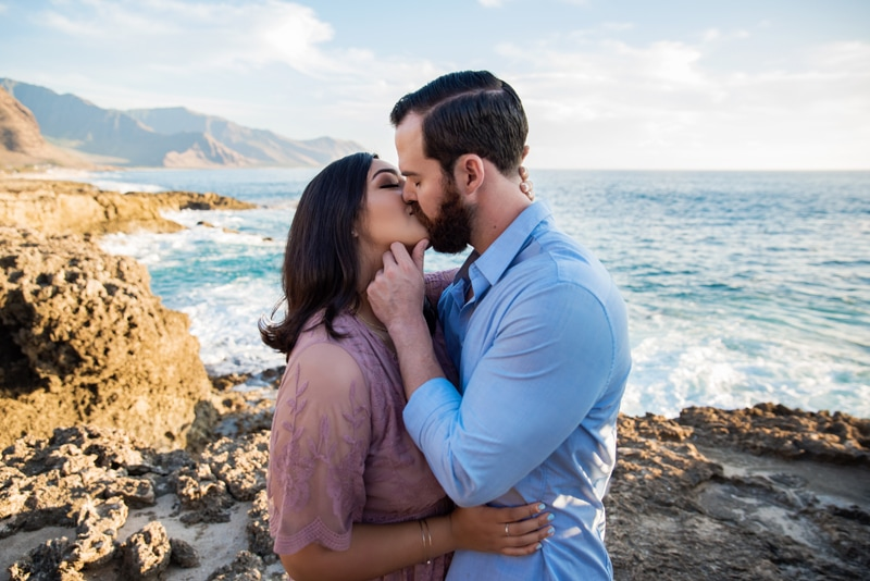 Orange County Couples Photography, couple kissing with the ocean behind them