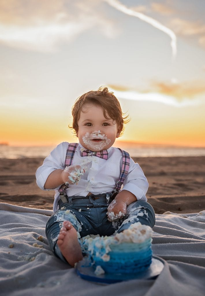 Orange County & Los Angeles Family Photographer, little boy cake smash on the beach