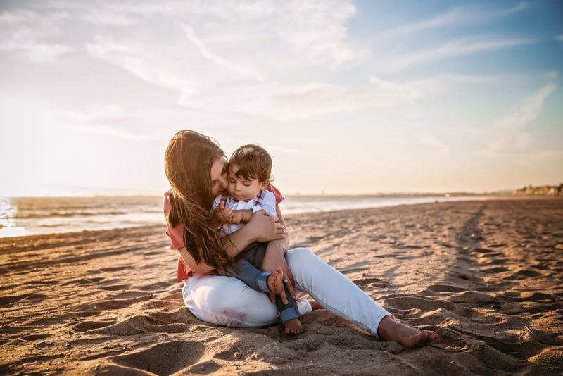 Orange County & Los Angeles Family Photographer, mother and son at the beach