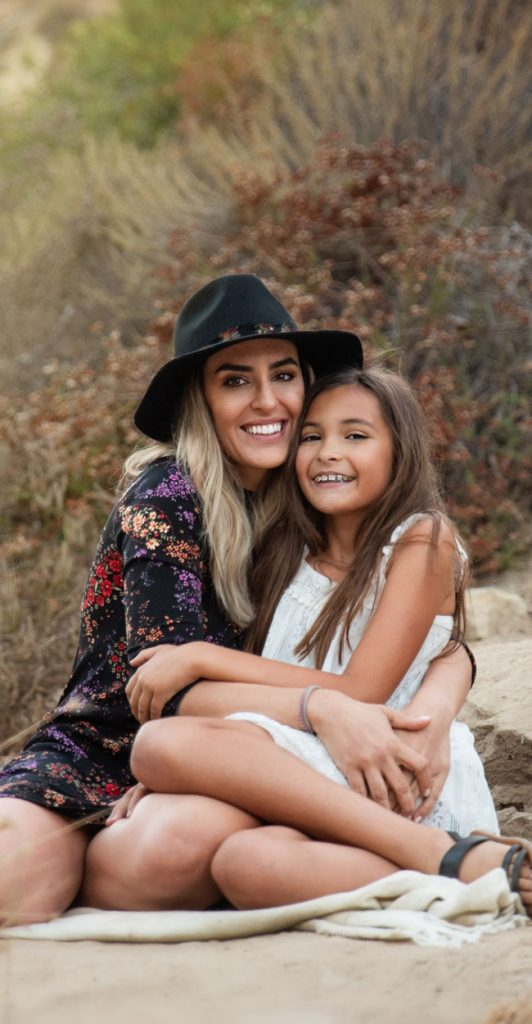 Orange County & Los Angeles Family Photographer, mother and daughter sitting together